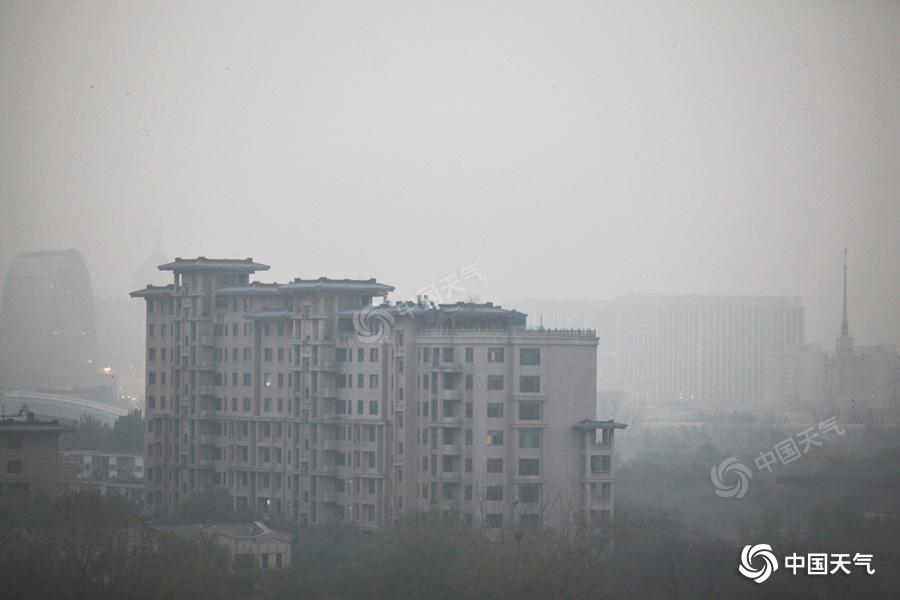 """初冬不像""""冬!今天北京最高气温19℃暖意浓 出行需防北风"""